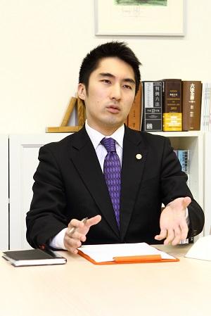 石崎先生.jpg