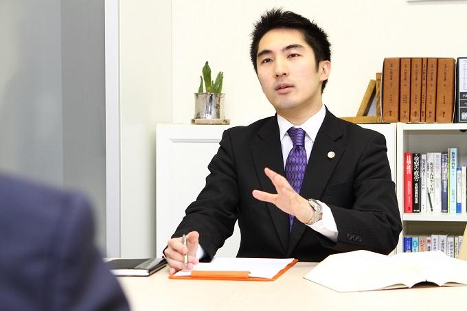 石﨑弁護士