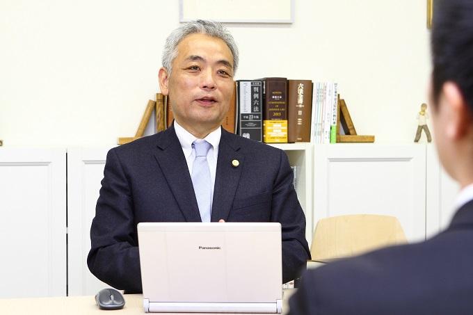 大山弁護士